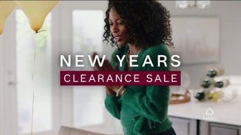 Ashley HomeStore New Years Clearance Sale TV Spot, 'Up to 40% Off and 0% Interest for Six Years' - Thumbnail 2