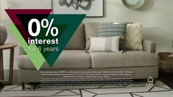 Ashley HomeStore New Years Clearance Sale TV Spot, '0% Interest and 40% Off' - Thumbnail 4
