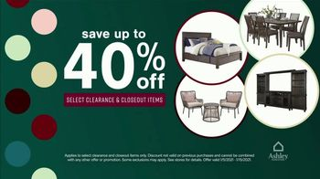 Ashley HomeStore New Years Clearance Sale TV Spot, '0% Interest and 40% Off' - Thumbnail 5