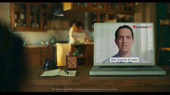 TurboTax Live TV Spot, 'El experto en taxes de la familia' [Spanish] - Thumbnail 1