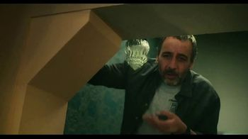 TurboTax Live TV Spot, 'El experto en taxes de la familia' [Spanish] - Thumbnail 3