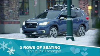 Subaru Share the Love Event TV Spot, 'Holiday Cheer: Ascent' [T2] - Thumbnail 5