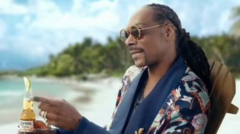 Corona Extra TV Spot, 'Take Time to Make Time' Featuring Snoop Dogg - Thumbnail 4