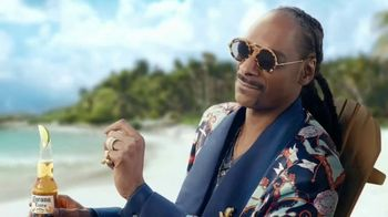 Corona Extra TV Spot, 'Take Time to Make Time' Featuring Snoop Dogg - Thumbnail 5