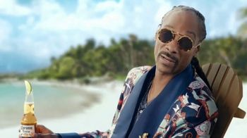 Corona Extra TV Spot, 'Take Time to Make Time' Featuring Snoop Dogg - Thumbnail 8