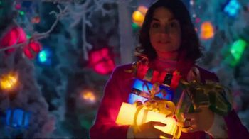 TJX Companies TV Spot, 'The Holiday Place' - Thumbnail 9