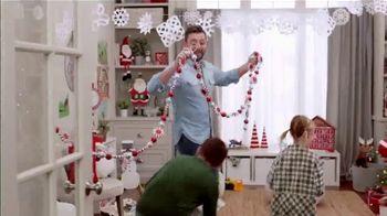 Michaels TV Spot, 'Holidays: 60% Off Trees' - Thumbnail 5