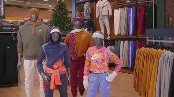 Dick's Sporting Goods TV Spot, 'Holidays: Nike Fleece, Shoes and Hydro Flasks'