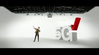 Verizon TV Spot, '5G Just Got Real: iPhone 12 Pro Max & iPhone 12 mini' - Thumbnail 4