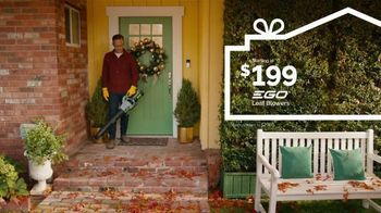 Lowe's TV Spot, 'Home for the Holidays: Celebrate' - Thumbnail 1