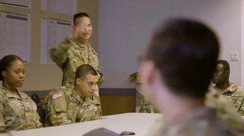 Army National Guard TV Spot, 'Por qué me uní: mi comunidad' [Spanish] - Thumbnail 3