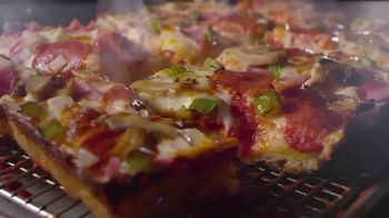 Jet's Super Special Pizza TV Spot, 'Tradition: Guitars' - Thumbnail 9