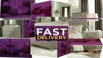 Rooms to Go Holiday Sale TV Spot, 'Living Room, Sectionals and Dining Sets' - Thumbnail 8