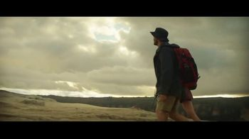 Michelob ULTRA Pure Gold TV Spot, 'Hike' - Thumbnail 4