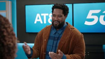 AT&T Wireless TV Spot, 'Word of Mouth Advertising: iPhone 12 Mini' - Thumbnail 7