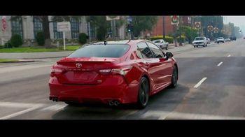 Toyota TV Spot, 'Super Mom' [T1] - Thumbnail 3