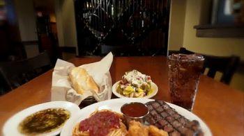 Johnny Carino's Ribeye Steak & Shrimp Meal Italian TV Spot, 'Thanksgiving Day' - Thumbnail 6