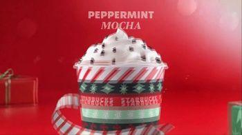 Starbucks Peppermint Mocha TV Spot, 'Carry the Merry' - Thumbnail 5