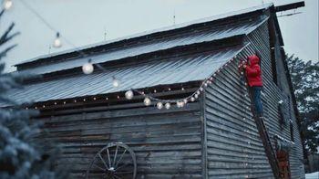 Duluth Trading Company TV Spot, 'Mrs. Claus' - Thumbnail 4
