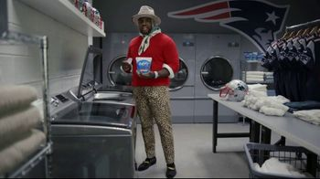 Downy Defy Damage TV Spot, 'Cam and Frankie' Featuring Cam Newton - Thumbnail 6