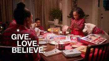 Macy's TV Spot, 'Holidays: Give With All of Your Heart' - Thumbnail 10