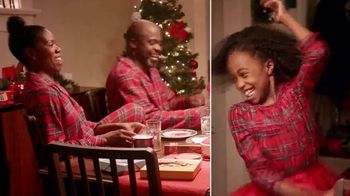 Macy's TV Spot, 'Holidays: Give With All of Your Heart' - Thumbnail 5