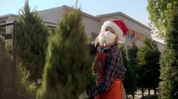 The Home Depot Black Friday Prices TV Spot, 'Holidays: Improvements' - Thumbnail 5