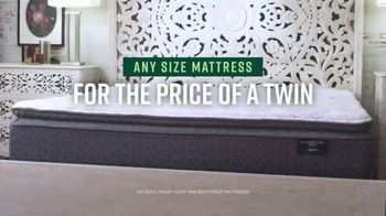 Ashley HomeStore Veterans Day Mattress Sale TV Spot, 'Any Size for the Price of a Twin' - Thumbnail 4