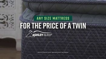 Ashley HomeStore Veterans Day Mattress Sale TV Spot, 'Any Size for the Price of a Twin' - Thumbnail 5