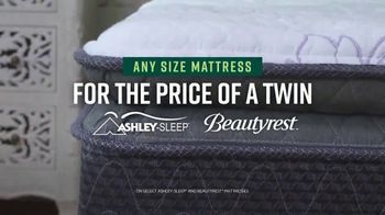 Ashley HomeStore Veterans Day Mattress Sale TV Spot, 'Any Size for the Price of a Twin' - Thumbnail 6