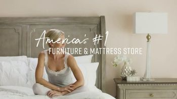Ashley HomeStore Veterans Day Mattress Sale TV Spot, 'Any Size for the Price of a Twin' - Thumbnail 8