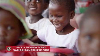 Samaritan's Purse TV Spot, 'Pandemic Year' - Thumbnail 6