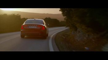 Volvo Holiday Safely Sales Event TV Spot, 'For the Road. For the Planet' [T2] - Thumbnail 7