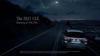 2021 Mercedes-Benz GLE TV Spot, 'Alice in Wonderland' [T2] - Thumbnail 8