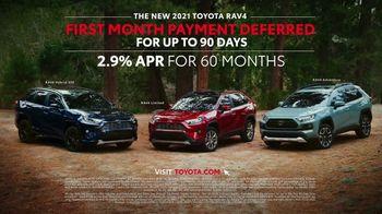 2021 Toyota RAV4 TV Spot, 'Start the Car' Song by So Many Wizards [T2] - Thumbnail 10