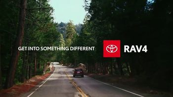2021 Toyota RAV4 TV Spot, 'Start the Car' Song by So Many Wizards [T2] - Thumbnail 8