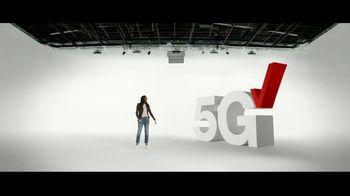 Verizon TV Spot, '5G Just Got Real: iPhone 12 Pro Max & iPhone 12 mini: Pre-Order' - Thumbnail 3