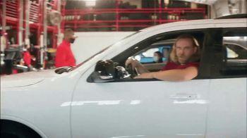 Discount Tire TV Spot, 'No Look Shot: Bridgestone' - Thumbnail 7