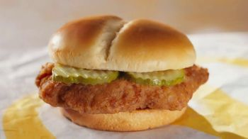 McDonald's Crispy Chicken Sandwich TV Spot, 'Crispy, Juicy, Tender' - Thumbnail 1