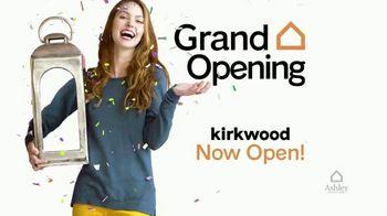 Ashley HomeStore TV Spot, 'Kirkwood Grand Opening: 20% Glideaway Adjustable Bases' - Thumbnail 3