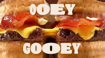 Burger King 2 for $5 TV Spot, 'Real Gs: All Food' Song by Lil Wayne - Thumbnail 7