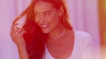 Gorjana TV Spot, 'Live, Love, Layer' - Thumbnail 3