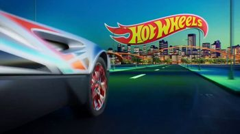 Hot Wheels City Toxic Snake Strike Challenge TV Spot, 'Top Speed Snake Take Down' - Thumbnail 1