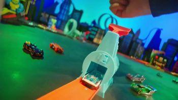 Hot Wheels City Toxic Snake Strike Challenge TV Spot, 'Top Speed Snake Take Down' - Thumbnail 3