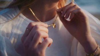 Gorjana TV Spot, 'Spring 2021: Golden Days Ahead' Song by Team Callahan - Thumbnail 6