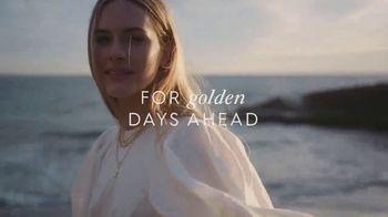 Gorjana TV Spot, 'Spring 2021: Golden Days Ahead' Song by Team Callahan - Thumbnail 8
