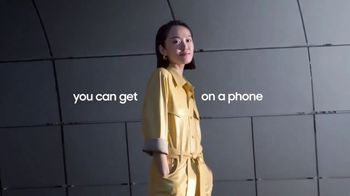 Samsung Galaxy S21 Ultra 5G TV Spot, 'Trade In: Save Up to $700 - Thumbnail 5