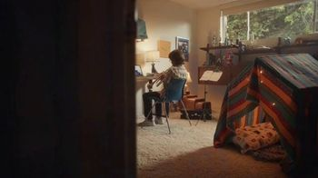 XFINITY Internet TV Spot, 'An Amazing Place To Be' Song by M83 - Thumbnail 4