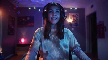 XFINITY Internet TV Spot, 'An Amazing Place To Be' Song by M83 - Thumbnail 9
