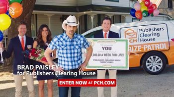 Publishers Clearing House TV Spot, 'Helping Change Lives: $7,000 a Week' Featuring Brad Paisley - Thumbnail 2